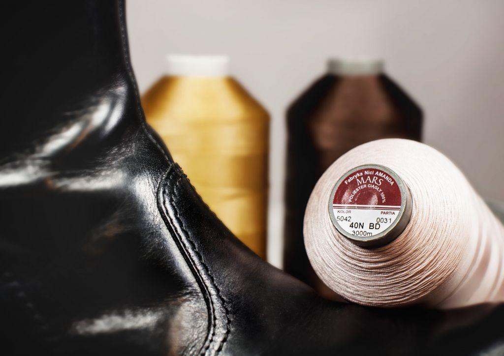 Cérna cipőgyártáshoz
